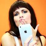 Фактор-2 и Афродита — ДЕВОЧКА iPhone (ДЕВОЧКА Айфон). Видео клип. Текст песни.
