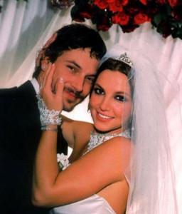 Бритни Спирс с мужем Джейсоном Александром
