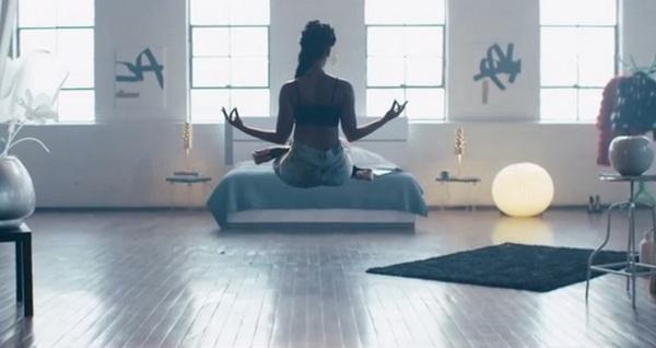 Janelle Monáe, Jidenna - Yoga видео клип, перевод песни