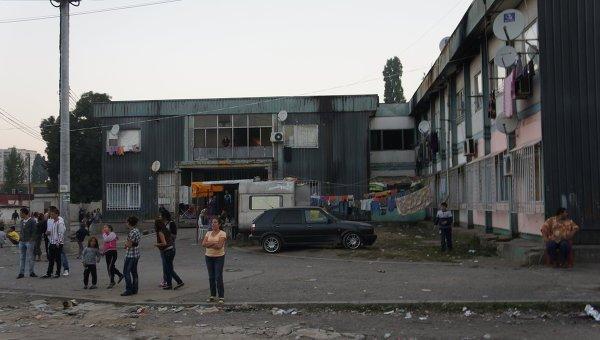oxrannik-pyaterochki-udaril-rebenka-elektroshokerom-smotret-video
