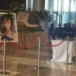 Прощание с Жанной Фриске проходит в Крокус Сити Холл  СМОТРЕТЬ ВИДЕО