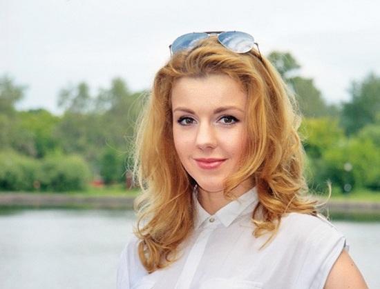 yulianna-karaulova-ty-ne-takoj-tekst-pesni-i-video