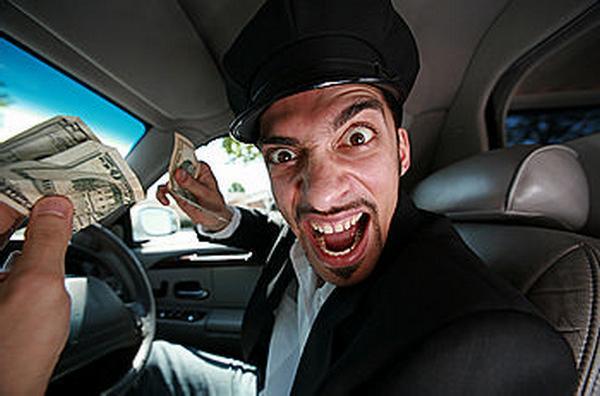 passazhir-izbil-voditelya-taksi-i-podal-na-nego-isk-na-5-millionov