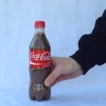 Смешиваем Кока-колу и отбеливатель: результат на ВИДЕО
