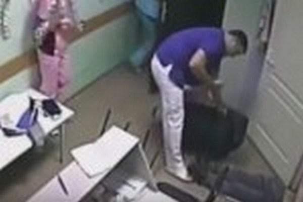 v-belgorode-vrach-bolnicy-ubil-pacienta-pryamo-na-kameru-video