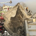 Шокирующее видео: на Тайване произошло землетрясение в 6,4 балла