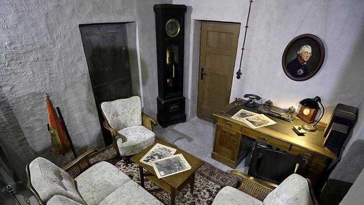 bunker-gde-gitler-provel-svoi-poslednie-dni-foto