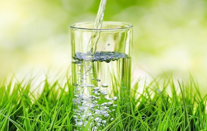 Вода - источник жизни и безопасное утоление жажды