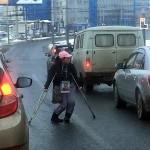 Чудесное исцеление «инвалида» под ударами таксиста  ВИДЕО