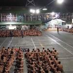 Филиппины: фото сотен голых заключенных во время обыска (ФОТО)